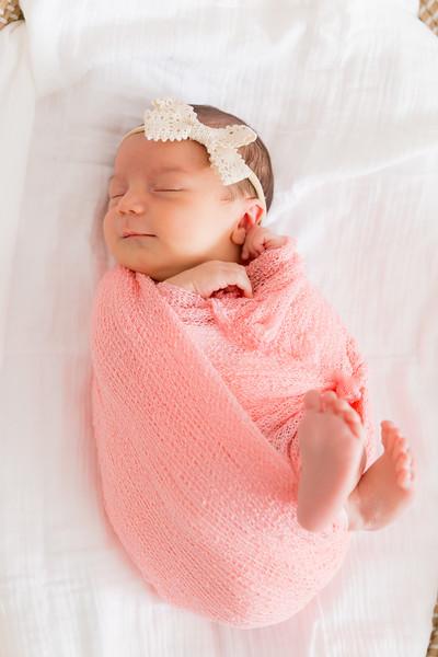 Mila Newborn-128.jpg