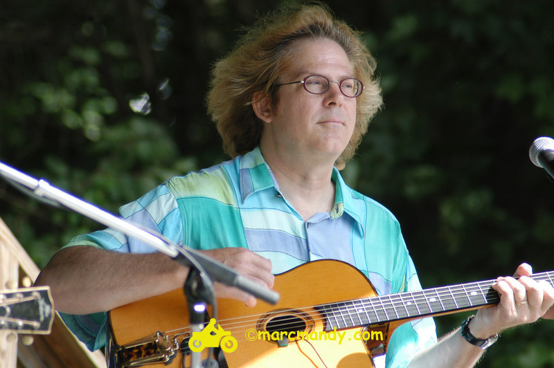 Phila Folk Fest- Sat 8-27 004 Guitar Styles Wkshp.JPG