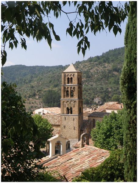 Moustiers Sainte Marie - Provence 02.JPG