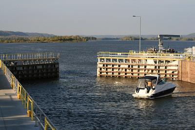 Lock and Dam #10 Guttenberg Iowa