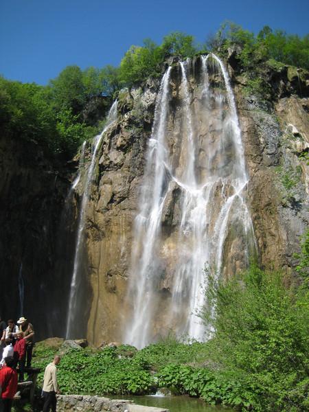 waterfalls_13.jpg