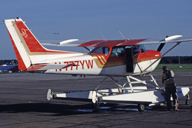 N777YW-CessnaR172KHawkXP-Private-2004-09-07-OF-41-KBVPCollection.jpg