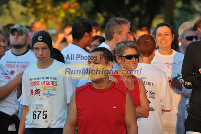 Start - 2013 Cruise In Shoes 5K