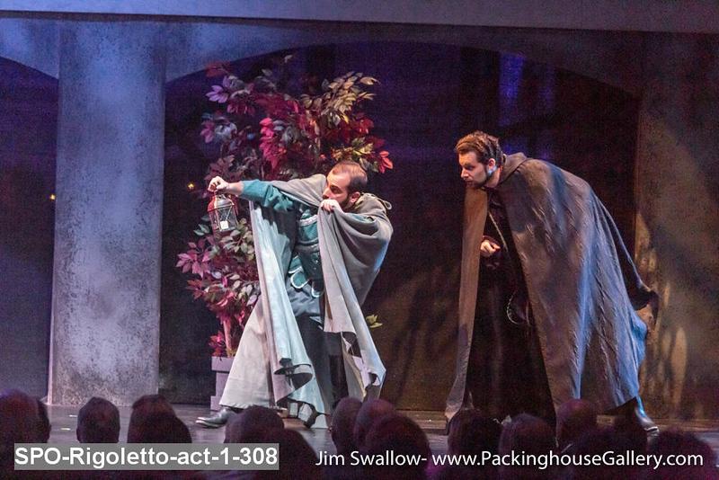 SPO-Rigoletto-act-1-308.jpg
