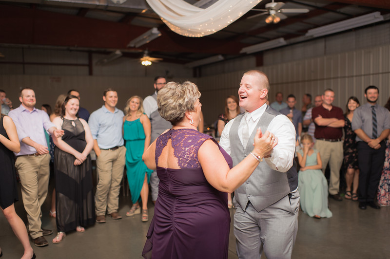 Wheeles Wedding  8.5.2017 02776.jpg