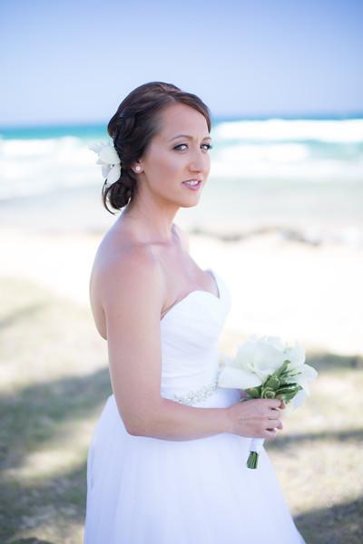 gillin beach kauai wedding-14.jpg