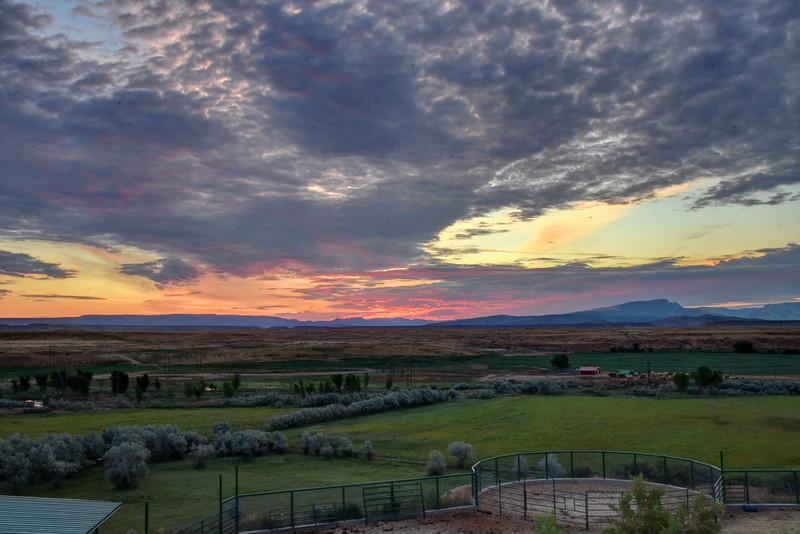 Dinosaur-sunrise-HDR-Beechnut-Photos-rjduff.jpg
