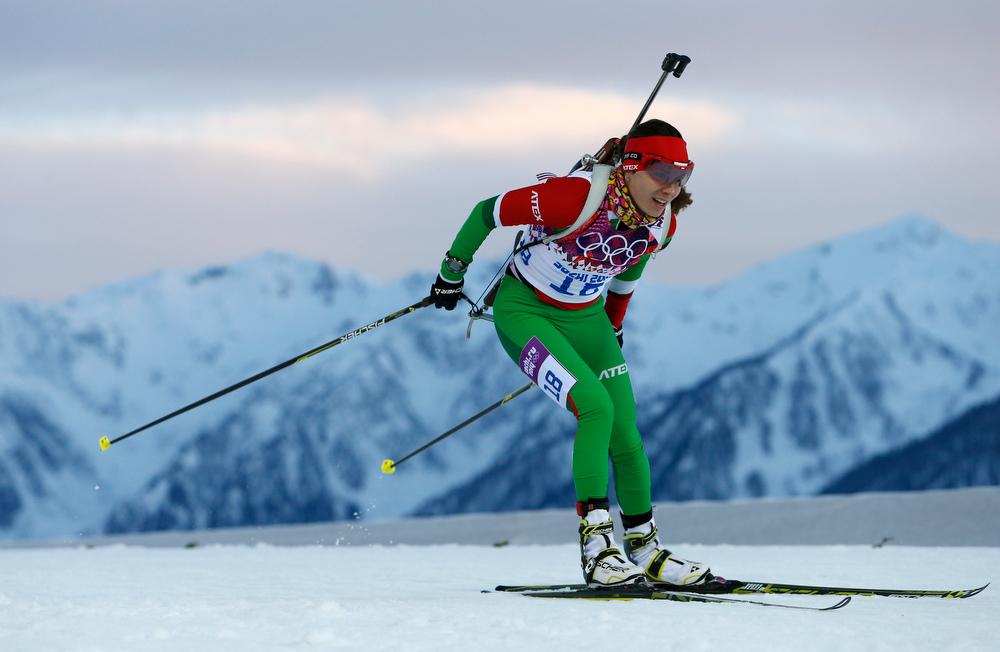 . Belarus\' Nadezhda Skardino competes to win the bronze medal in the women\'s biathlon 15k individual race, at the 2014 Winter Olympics, Friday, Feb. 14, 2014, in Krasnaya Polyana, Russia. (AP Photo/Felipe Dana)
