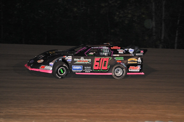 09-02-2011 - Outlaw Late Models
