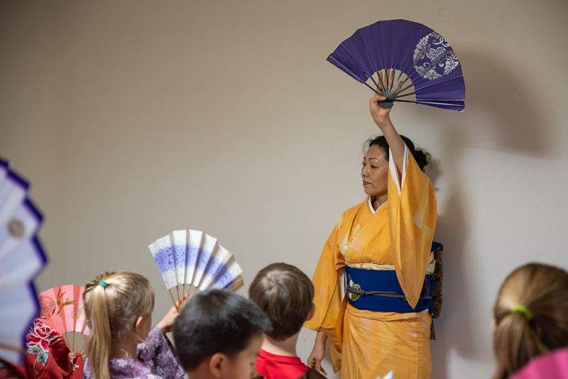 Grade 2 ICJC-Traditional Japanese Dance-ELP_2149-2018-19.jpg