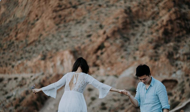 Tu-Nguyen-Destination-Wedding-Photographer-Morocco-Videographer-Sahara-Elopement-233.jpg