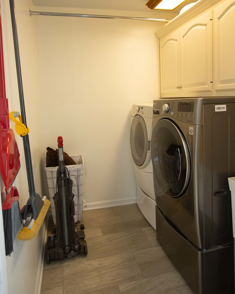 kitchen and laundry-3.jpg