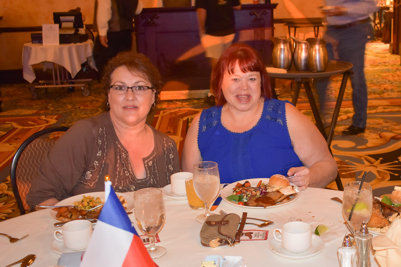Banquet Tables 180454.jpg