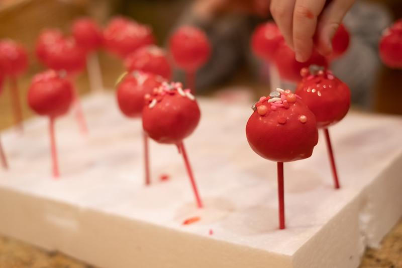 valentines cake pops - 2/6/21