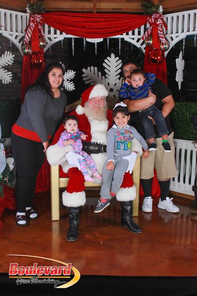 Santa 12-17-16-530.jpg