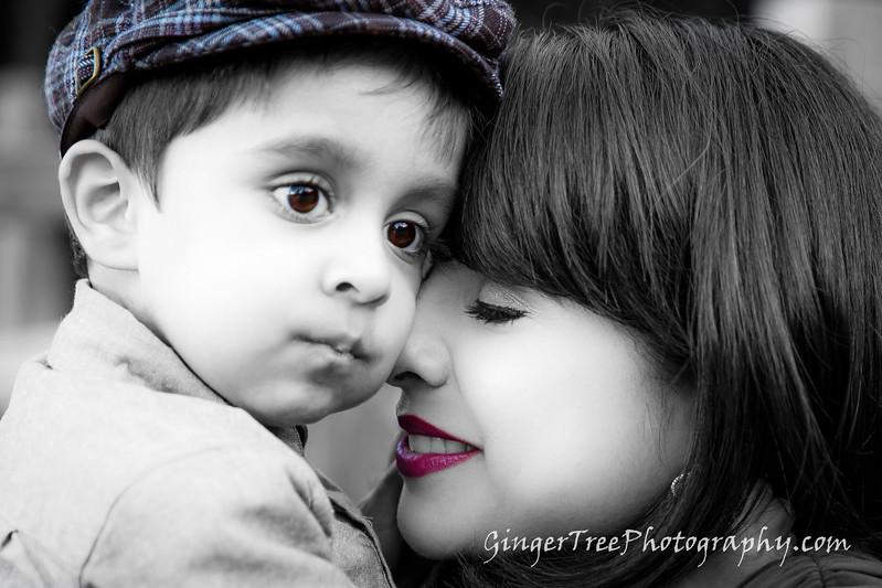 Pirani_Family_6984.jpg