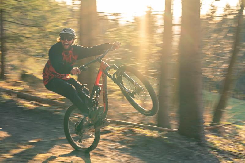 Bikepark_Samerberg_2021_Team_F8-web-0170.jpg