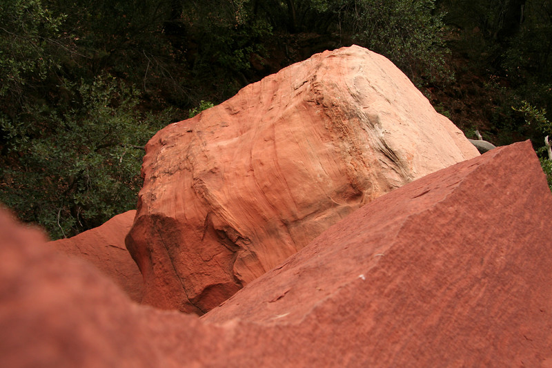 Large boulders that have fallen to the floor of Fay Canyon.