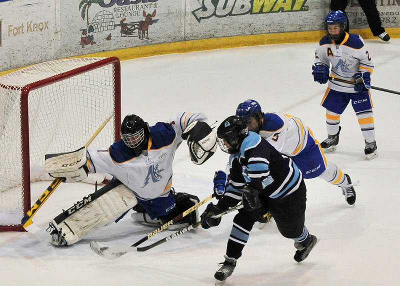 ©AWG2014-Mar-20-2014/Alberta North-vs-Northwest Territories/Hockey/Photo by Ashley Nicole Taylor