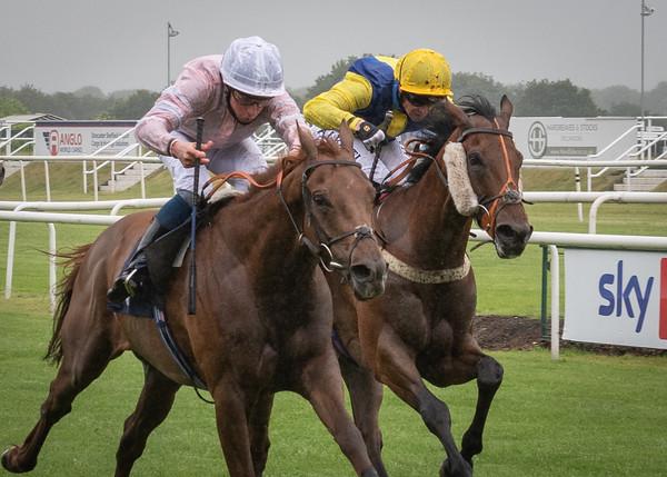 Doncaster Races - Fri 25 June 2021