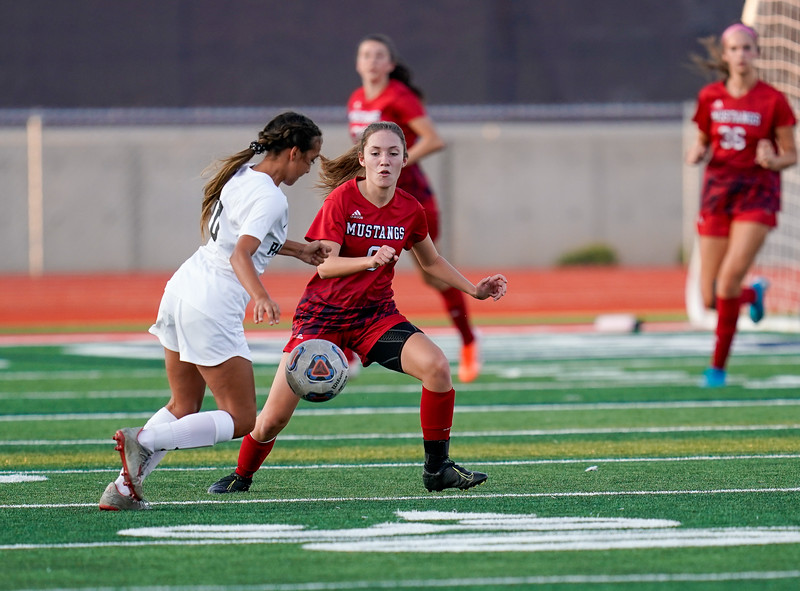 CCHS-vsoccer-pineview0578.jpg