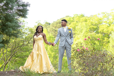 MaKayla Smith and Jamyre Reese Prom