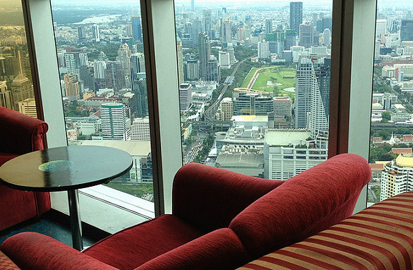 observation-lounge-baiyoke-sky-david-mckelvey-flickr2.jpg