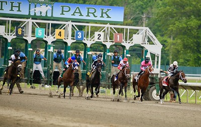 HORSE RACING - MONMOUTH PARK 2019