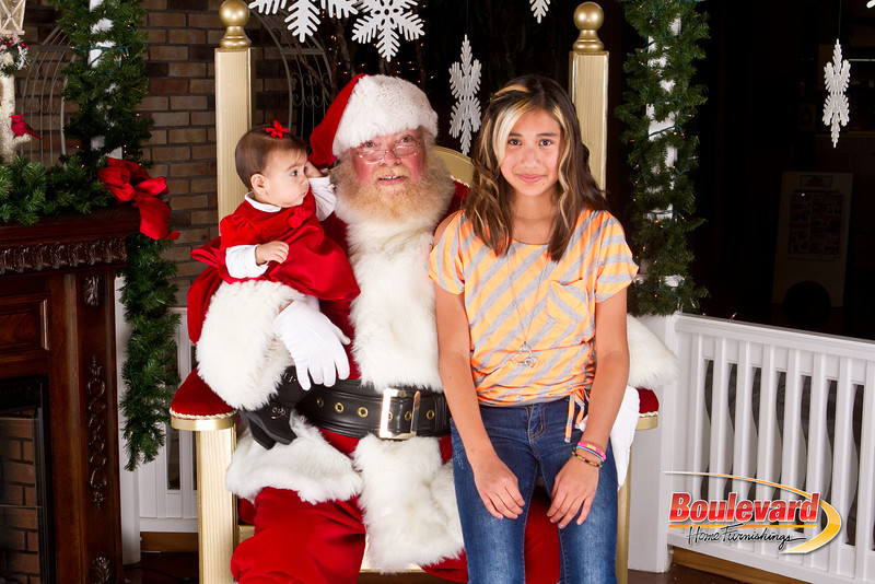 Santa Dec 8-322.jpg