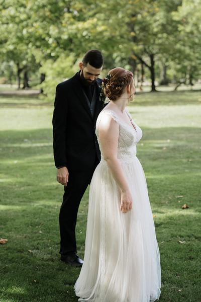rustic_ohio__fall_barn_wedding-81.jpg