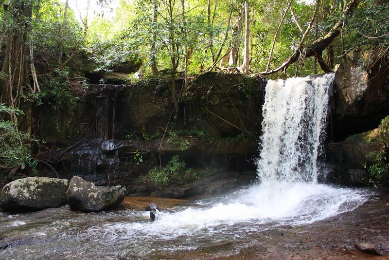 Small but refreshing falls at Kbal Spean