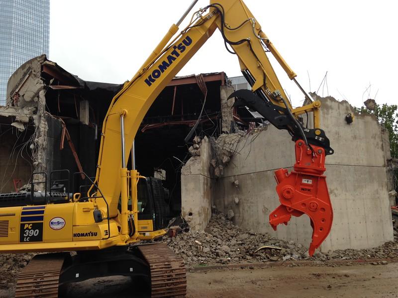 NPK U31JR concrete pulverizer on Komatsu excavator-commercial demolition (9).JPG