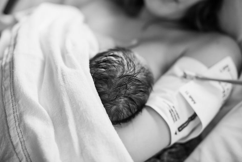 baby-ethan-birth-HR-173.jpg