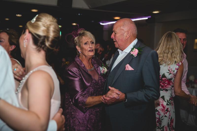 Mr & Mrs Hedges-Gale-259.jpg
