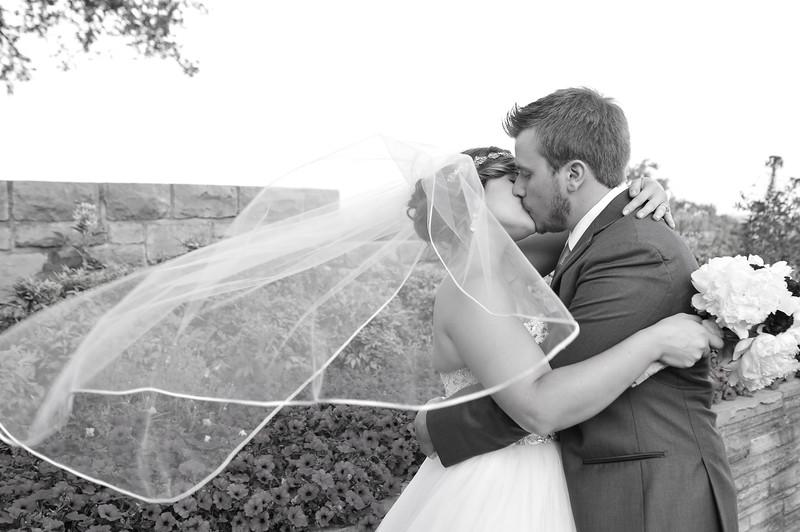 wedding_220-2.jpg