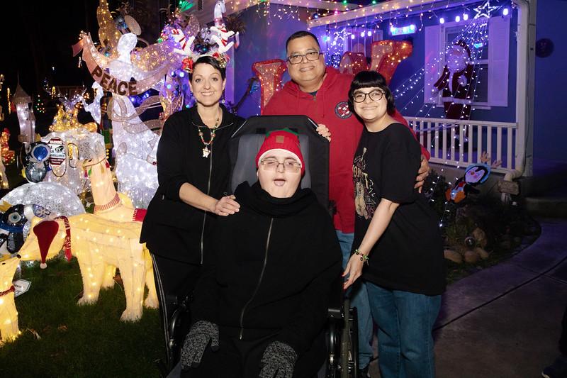 12-08-19-Christmas With Chris & Family-70.jpg