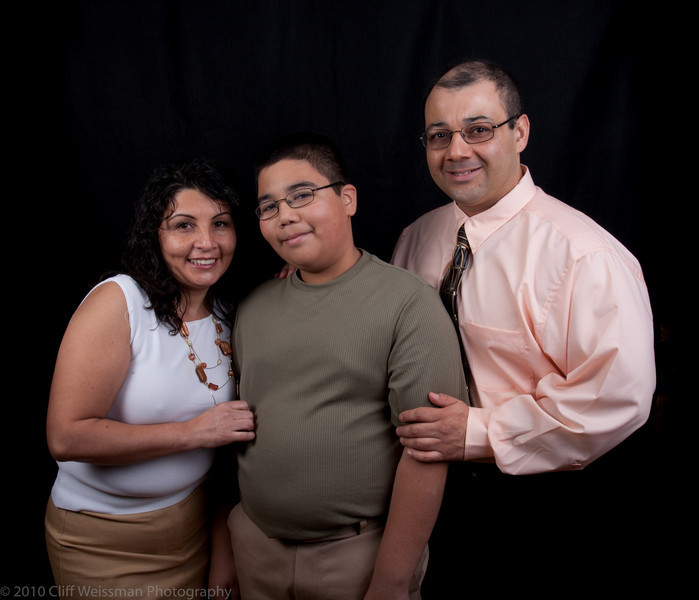 Fuentes Family Portraits-8545.jpg