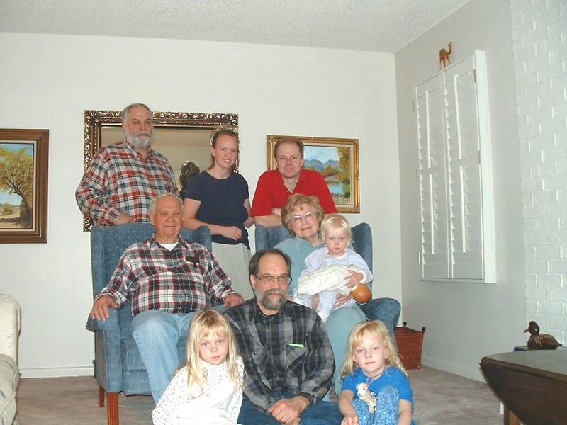Mike,Kim,Russ,Wayne,Bonnie,Lexie,Dave'Emily,Megan .jpg