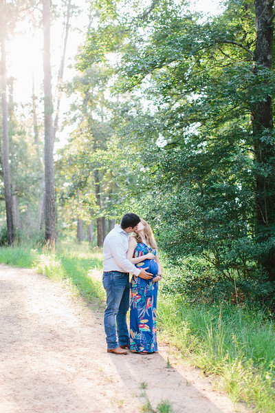 Lacie and Chase Mini Session