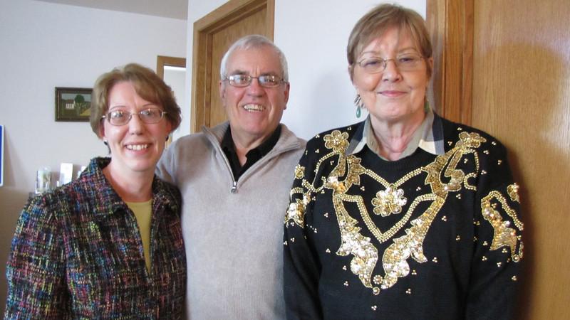 Bev and Jim Fulmer (Helen) with Bernice Henning (Amelia)
