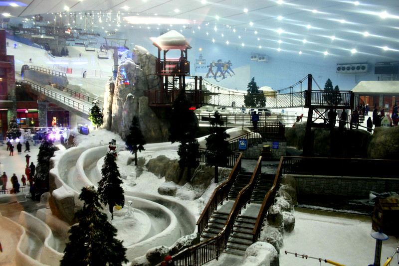 Indoor ski slope - Dubai Mall
