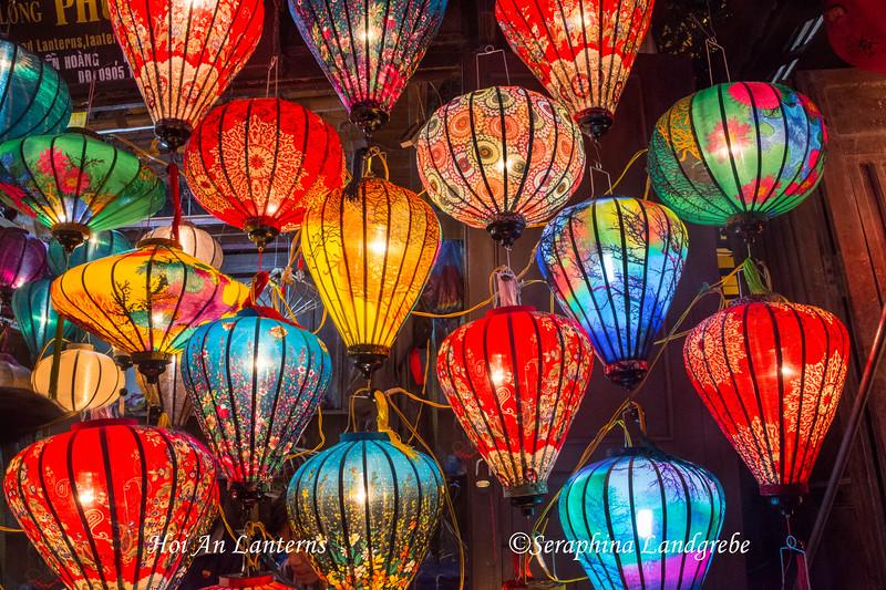 _DSC8625Hoi An Lamp makers.jpg
