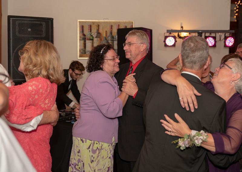Hartman-Wedding-r-0758.jpg