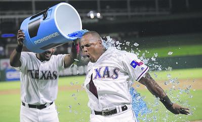 rangers-walk-off-vs-as-on-day-ut-tyler-softball-honored