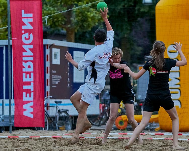 20160610 BHT 2016 Bedrijventeams & Beachvoetbal img 215.jpg