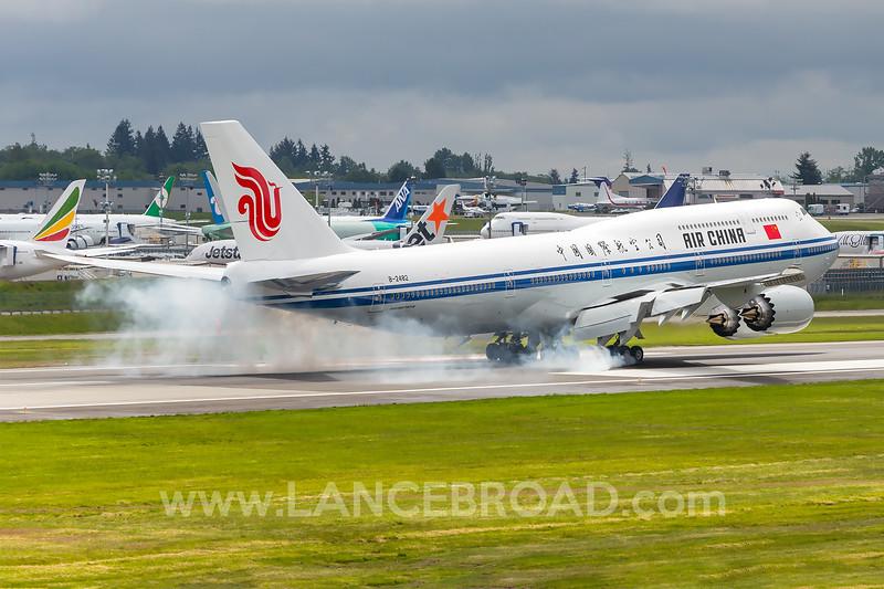 Air China 747-8 - B-2482 - PAE