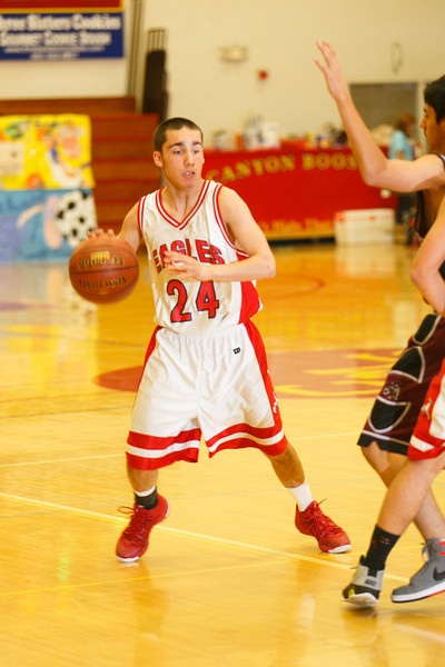 RCS-JV-Basketball-Jan.25.2014-10.jpg