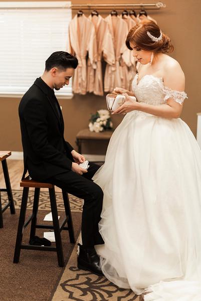 Alexandria Vail Photography Wedgewood Fresno Wedding Alexis   Dezmen282.jpg