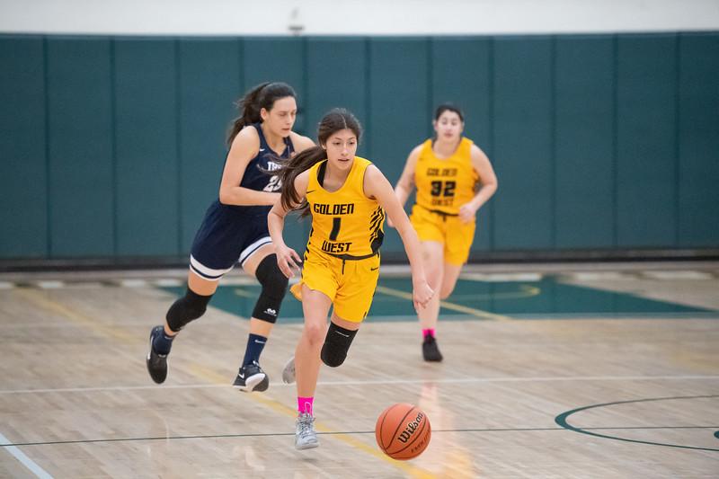 Basketball-W-2020-01-31-7769.jpg
