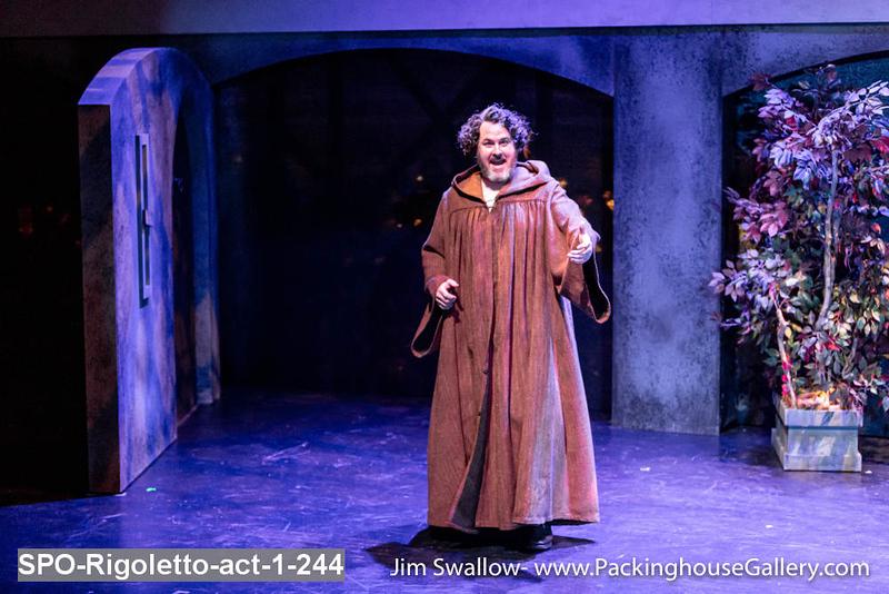SPO-Rigoletto-act-1-244.jpg